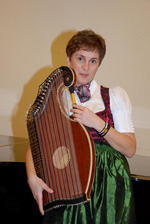 Cornelia Mayer (zither)